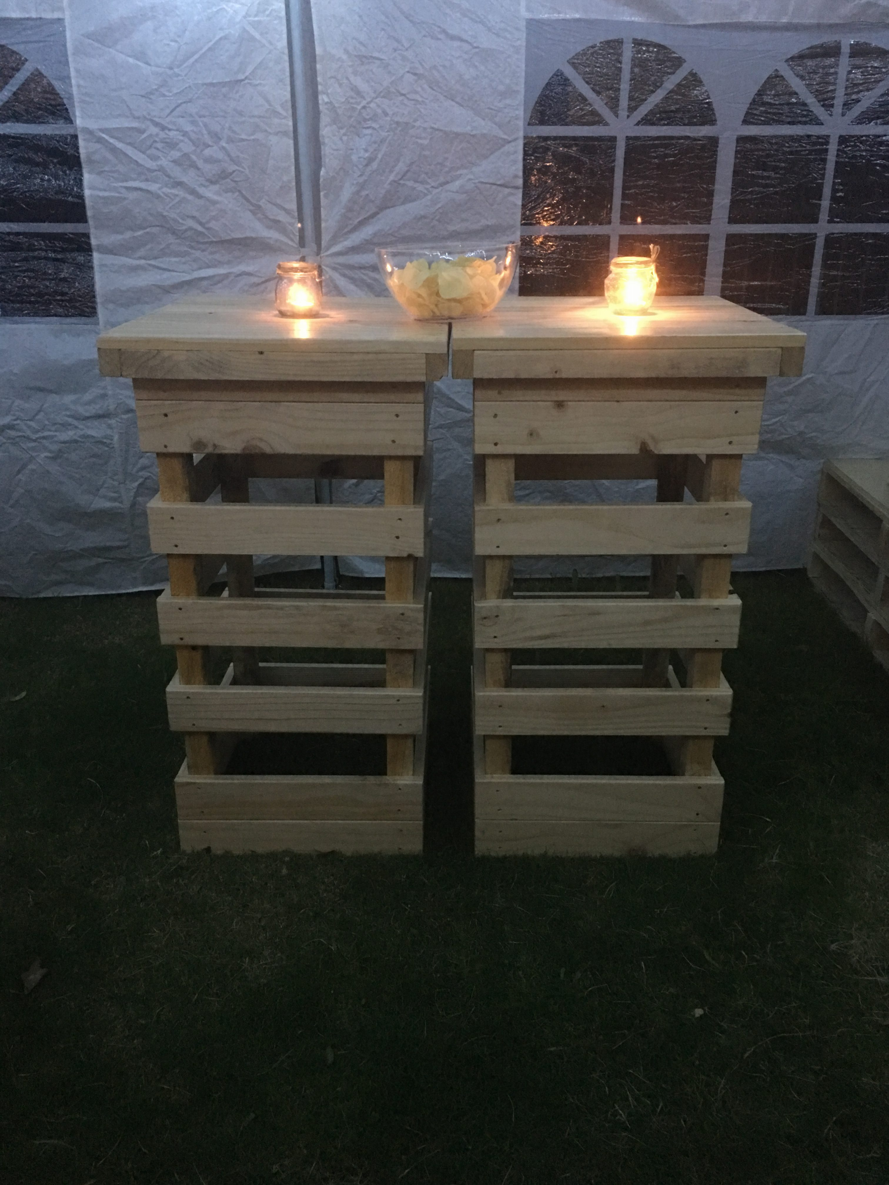 small pallet bar tables